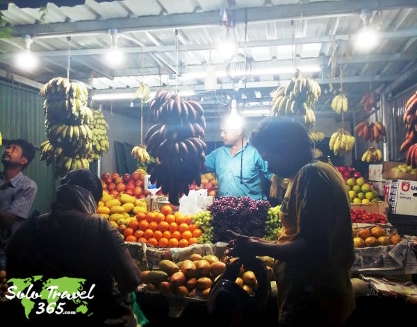 Fresh raw fruits and vegetables while traveling are essential for good health!